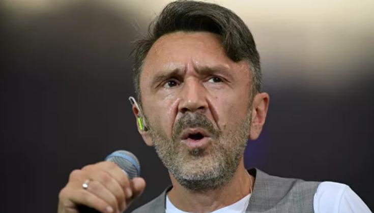 Шнуров прокомментировал выступление нетрезвого Билана в Самаре
