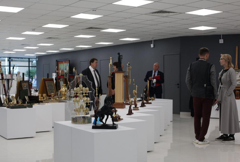 Россия представила лучшие отечественные народные промыслы на выставке ВАНИ