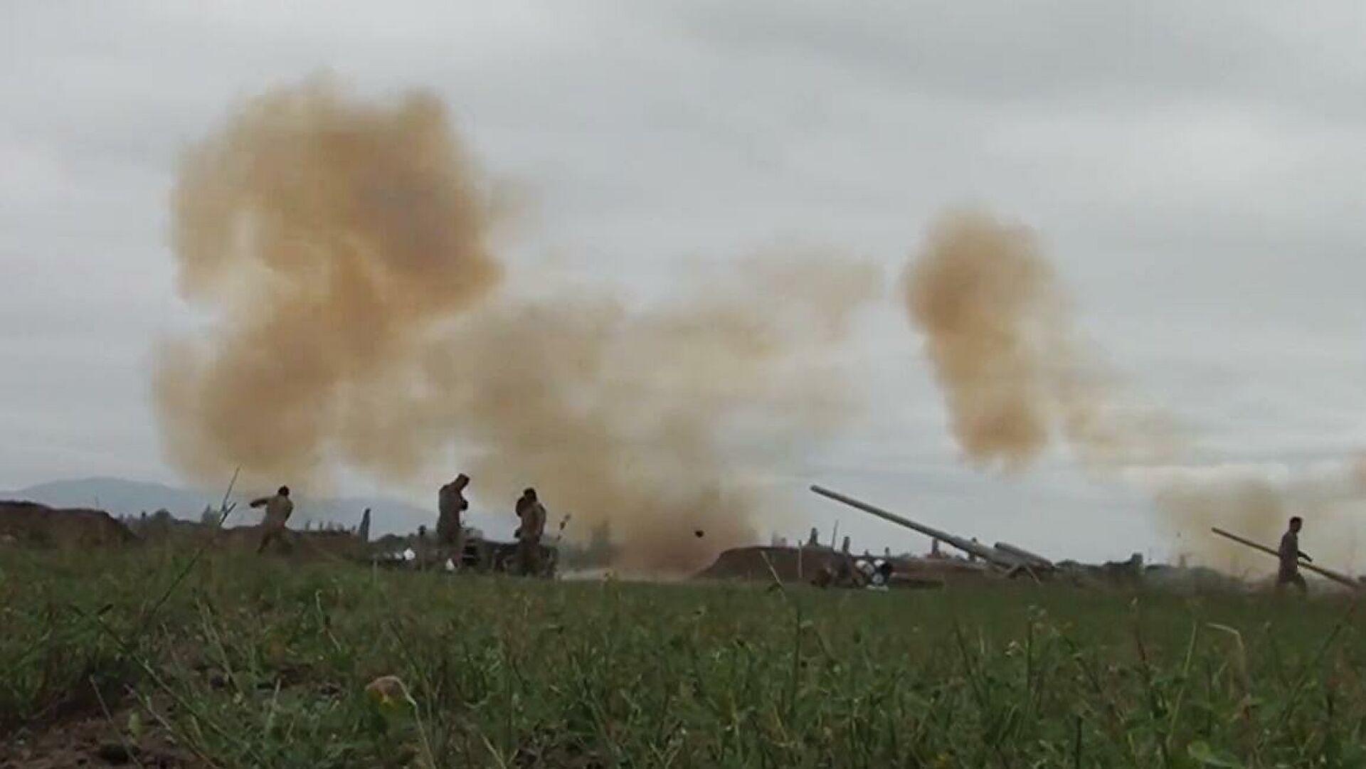 В Карабахе снова возобновились боевые действия