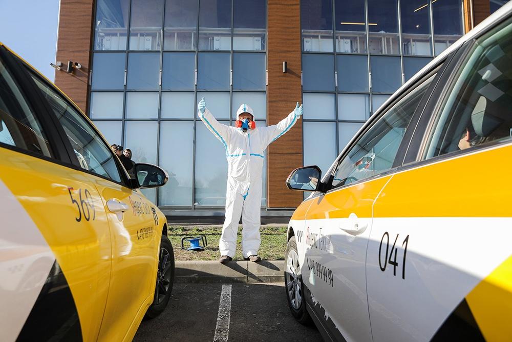 В РФ появится такси для медиков, работающих с коронавирусом