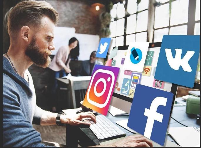 Странички в соцсетях все чаще становятся причиной увольнения россиян