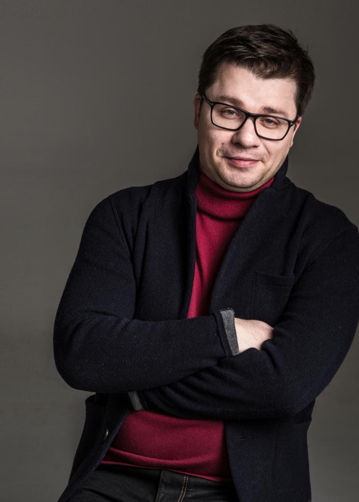 Гарик Харламов  требует разделить школьников на «сов» и «жаворонков»