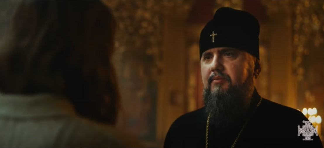 Церковь раскольников Украины набирает актеров вместо прихожан