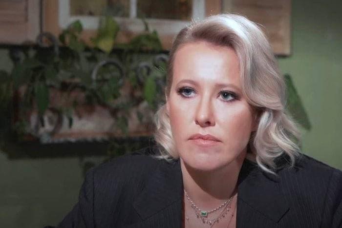 Ксения Собчак попала в ДТП в Сочи. Два человека погибло. Телеведущая не пострадала.